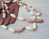 Mid Century Oval Bakelite long Necklace, Infinity Pastel Bead Necklace, Retro Modern, Pink, Pale Green, Off white, Trendy Fashion Jewelry