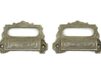 Decorative apothecary cabinet pulls