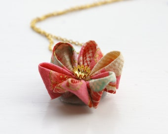 Japanese Fabric Flower Necklace - Pink Kimono Fabric - Kanzashi Flower Necklace - Kanzashi Necklace - Pink Necklace - Origami Necklace