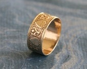 Women's Antique Victorian Gold Wedding Ring Wide Band with Raised Hearts and Foliate Detail in size 8, Vintage 1890s
