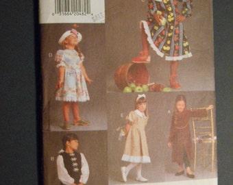 Vogue 9135, Child Dresses, Size 5-6-6X
