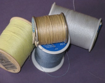 Vintage Sewing Thread LOT  4 spools Dual Duty Polyester Blue, White, Yellow, Beige