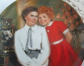 Annie and Grace plate# D9980 Edwin M. Knowles China dated 1983 8-1/2 inches