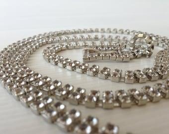 white rhinestone belt, silver womans belt, wedding accessories, evening accessories, rhinestone belt buckle, long rhinestone belt