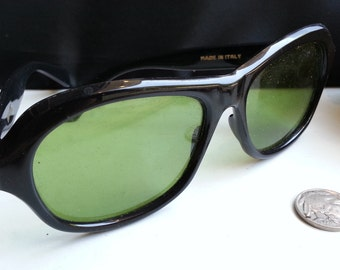 1960s Black Mod Grants of Italy Sunglasses (Green Tinted Lens)