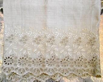 Victorian Silk Stitched Floral Trim