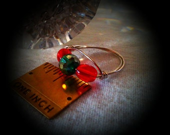 Christmas Ring, Green AB Faceted Roundel Flanked By Red Smooth Oval Crystals ,Silver Non Tarnish Metal Wire,Size 8,Great Christmas Gift!!!