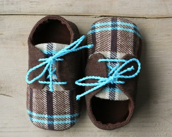 Lumberjack baby shoes, Brown and blue plaid baby boy shoes, corduroy oxfords sneakers crib booties, little man shoes, infant slippers