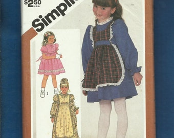 Vintage 1982 Simplicity  5732 Puff Sleeve Dresses and Pinafore for Little Girls  Size 6