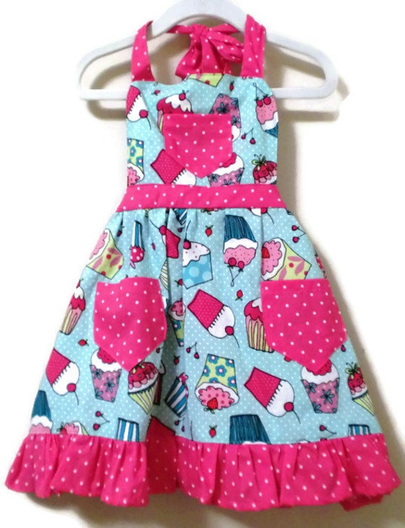 Retro Style Apron, Children's Apron, Toddler Apron, Girls Apron, Baking Apron, Cooking Apron, Cupcake Apron, Kids Apron, Little Girls Apron