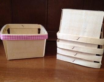 Berry Baskets ~ Farmers Market Basket ~ Pint Berry Basket ~ Party Favor ~ Wood Berry Baskets ~ Pint Size with ribbon (set of 6)