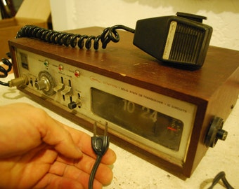 Vintage Courier CITATION Solid State CB Transceiver With Clock