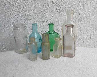 8 Vintage Mini Empty Bottles to be Creative With.
