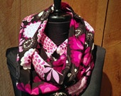 Woven silky print infinity scarf - Pink Floral