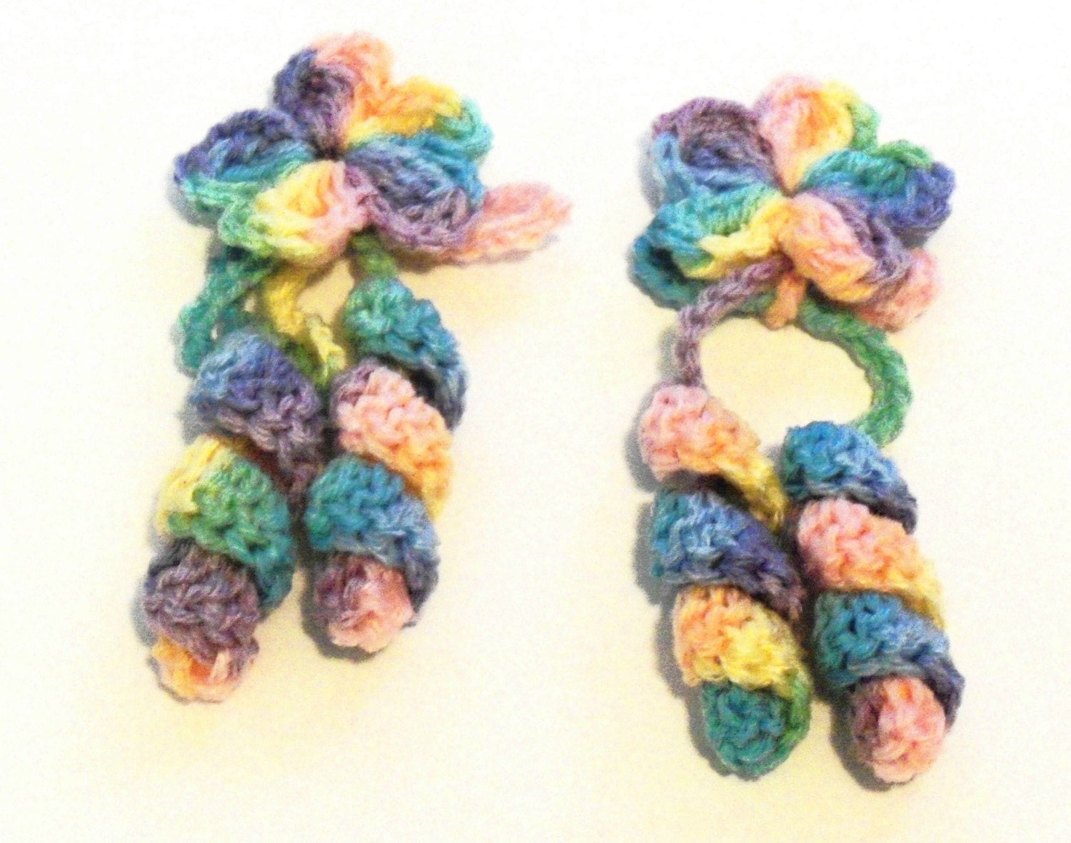 Crochet Curly Q Hair Ties : Flower Hair Ties Retro Crochet Curly by BeyondCrochetToo on Etsy