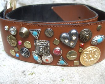 NEIMAN MARCUS Brown Leather Jeweled Charm Belt Made in Italy