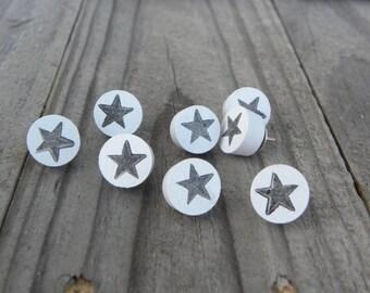 Push pins Thumb tacks Pin board bulletin board