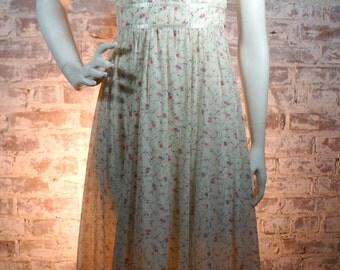 ON SALE 1970s Romantic Floral Gunne Sax Maxi Dress