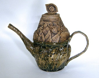 Secret Garden, Decorative Botanical Teapot in Speckled Stoneware & Rustic Green