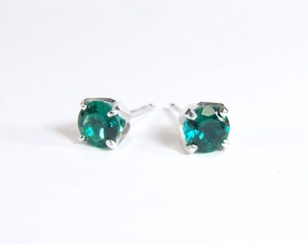 6mm Hydrothermal Emerald Earrings (Synthetic), 6mm x 0.75 Carat, Round Cut, Sterling Silver Post Earrings