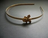 Gold Flower Headband Rose and Leaves Woodland Light Vintage Brass Toned Metal Headband Vintage Style Bronze Toned Simple