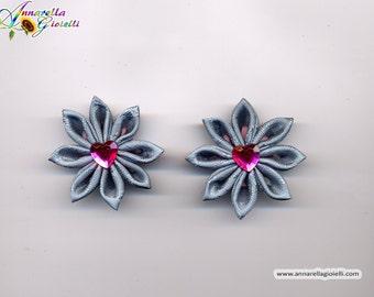 Fiori di raso, kanzashi per bomboniere, scrapbooking, decorazione, azzurro, grigio, grey, favor decoration, flower, satin flower,