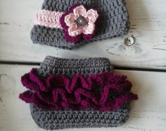 Crochet Baby GIrl Newsboy hat and Ruffle Bottom Diaper Cover Set- Grey and Pinks