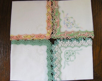 4 Vintage Handkerchiefs, Set of 4 Vintage 1950s Hand Crocheted Handkerchiefs, Multiple Color Borders