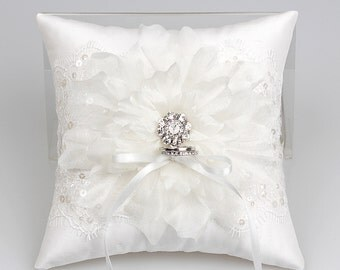 Lace ring pillow, wedding bearer ring pillow, ring bearer cushion, off white ring pillow, jewerly  ring pillow