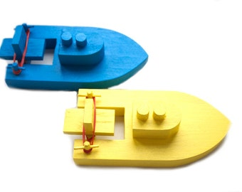 Wooden Toy Boat. Color kids Wood Bath Toy. Organic toys.