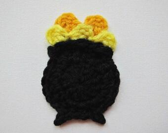 """1pc 4"""" Crochet POT of GOLD Applique"""