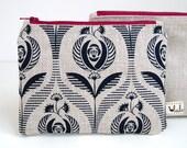 Small makeup bag with Art Deco rose print