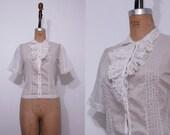 1940s John Wanamaker off white shirt / Vintage 40s lace ruffle button up blouse