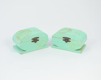 Wedding Ring Bearer Boxes, Mr and Mrs Engagement Ring Box, Mint Green Ring Bearer Box, Pillow Alternative, set of 2