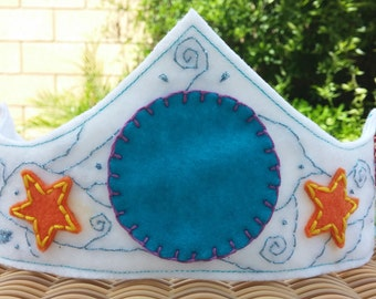 Boy's Felt Birthday Crown
