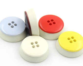 6 pcs 0.71~0.98 inch Beige/Black/Yellow/Red/Brown/Blue 4 Hole Plastic Shell Buttons for Coats