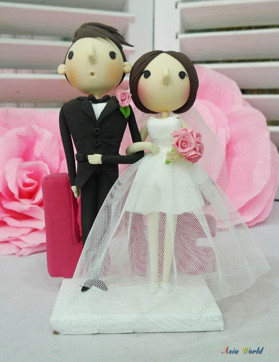 despicable me wedding cake topper items similar to wedding cake topper despicable me style 13494