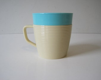 RAFFIAWARE Cup Mug by Thermo Temp RIBBED Collectible Retro Mod Restaurant Picnic Blue E638B