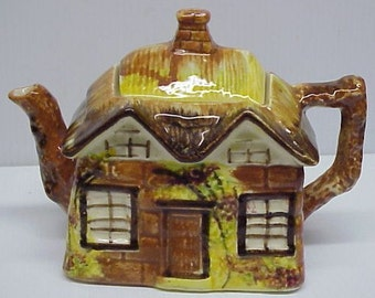 Superb Quality Vintage TEAPOT by PRICE BROS - England Cottage Ware - Entitled Ye Olde Cottage
