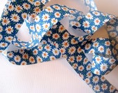 """Daisy Mine Cotton Ribbon Trim, Multi / Bluel, 1 3/8"""" inch wide, 1 yard, For Mixed Media, Gifts, Scrapbook,  Home Decor, Accessories"""