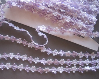 """Amy Woven Flower Ribbon Trim, White / Lavender, 5/8"""" inch, 1 Yard, For Scrapbook, Mixed Media, Stationary, Home Decor, Accesories"""
