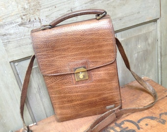 French Vintage // Brown Crossbody Handbag