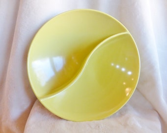 Vintage round sunny yellow melamine divided bowl marked Holiday by Kenro
