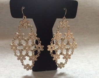 Vintage Costume Goldtone Floral Dangle Earrings
