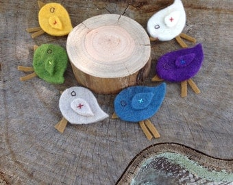 Felt bird broaches