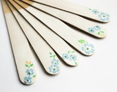 Plant Markers - Blue Flower Cake Topper Set of 6 Wooden Herb Garden Markers - Blue flower Ornament - Spring Gift for Mom - forget-me-not