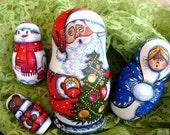 Signed Handpainted Christmas Nesting Dolls, Gorgeous Near Mint Set of 4 folkart