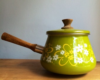 Pretty Avocado Green and Yellow Flower Vintage  Style Enamelware Pot with Lid 7 x 5