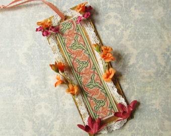 Floral Ornament / Cardboard