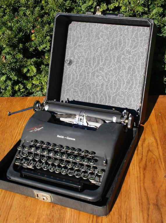 smith corona clipper machine crire machine crire. Black Bedroom Furniture Sets. Home Design Ideas